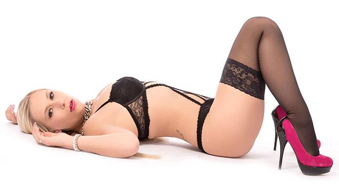 Lena Nitro Erotikdarstellerin